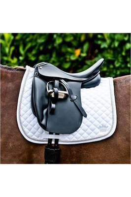 Mountain Horse Dressage Saddle Pad White
